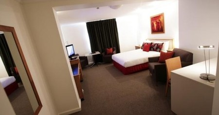 Townhouse Hotel - Tourism Adelaide