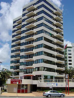 Beachfront Towers - Tourism Adelaide
