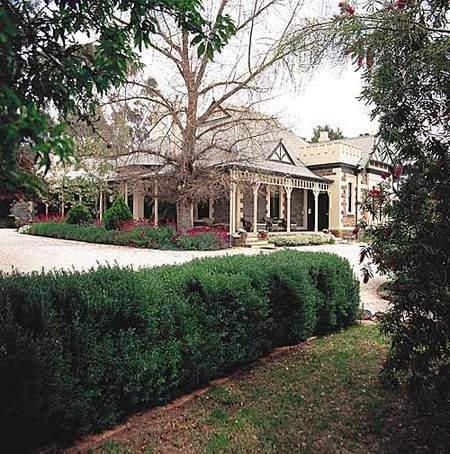 The Lodge Country House - Tourism Adelaide