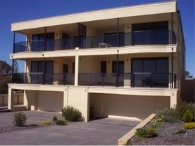 The Lighthouse Accommodation - Tourism Adelaide