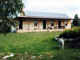 Mt Dutton Bay Woolshed Heritage Cottage - Tourism Adelaide