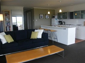 Coorong Waterfront Retreat - Tourism Adelaide