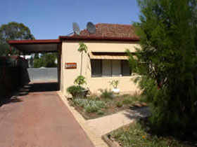 Loxton Smiffy's Bed And Breakfast Sadlier Street - Tourism Adelaide