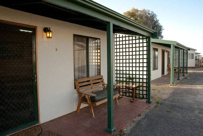 Moonta Bay Road Cabins and Cottages - Tourism Adelaide