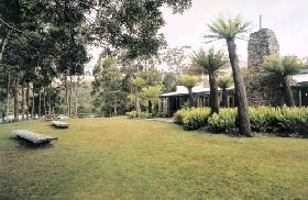 Tullah Lakeside Lodge - Tourism Adelaide