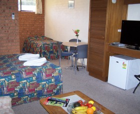 Colonial Motor Inn Pambula - Tourism Adelaide
