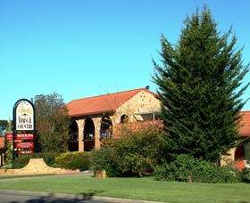 Idlewilde Town and Country Motor Inn - Tourism Adelaide