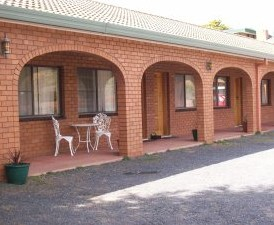 Cooma Country Club Motor Inn - Tourism Adelaide