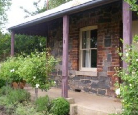 Accommodation Pinn Cottage - Tourism Adelaide