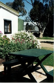 Dunalan Host Farm Cottage - Tourism Adelaide