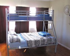 Surf N Sun Beachside Backpackers - Tourism Adelaide