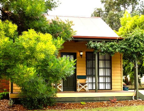 Mountain View Motor Inn and Holiday Lodges - Tourism Adelaide