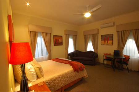 Vintages Accommodation - Tourism Adelaide