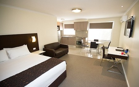 Country Comfort Premier Motel - Tourism Adelaide