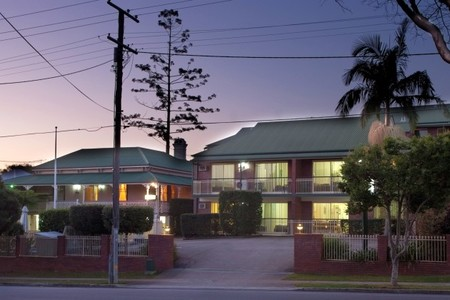 Aabon Holiday Apartments  Motel - Tourism Adelaide