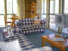 Myrtle Creek Cottages - Tourism Adelaide