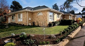 Waverley Corporate Townhouses - Tourism Adelaide