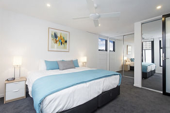 Windsor Townhouse Villa - Tourism Adelaide