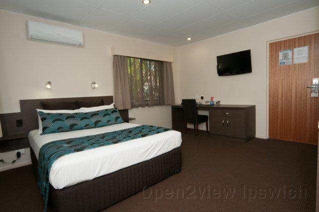 Comfort Inn  Suites Robertson Gardens - Tourism Adelaide