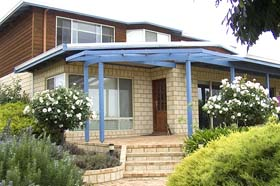 Jacaranda Heights Bed and Breakfast - Tourism Adelaide
