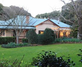 MossGrove Bed and Breakfast - Tourism Adelaide