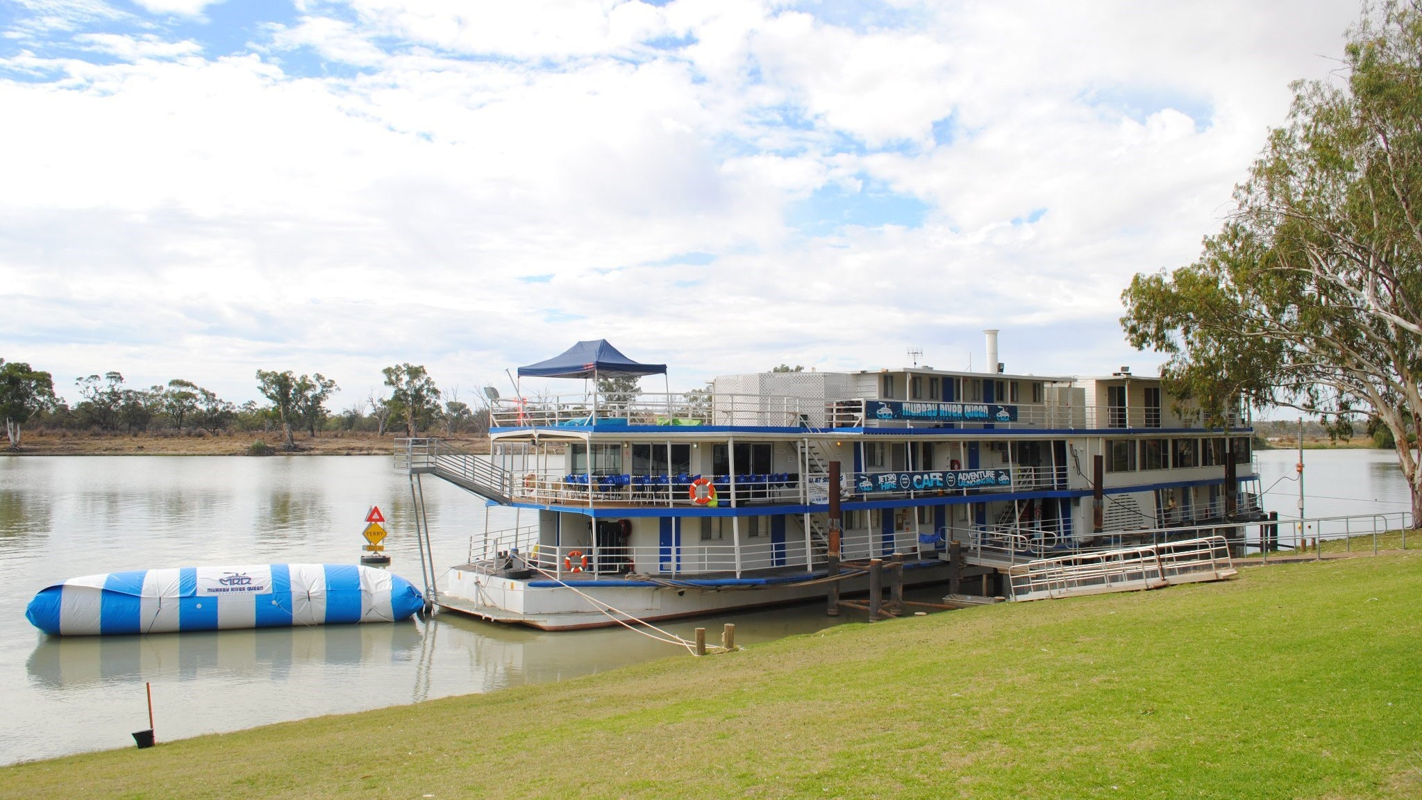 Murray River Queen Backpackers - Tourism Adelaide