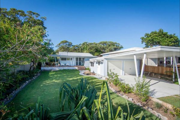 Back Beach Bungalow - Tourism Adelaide