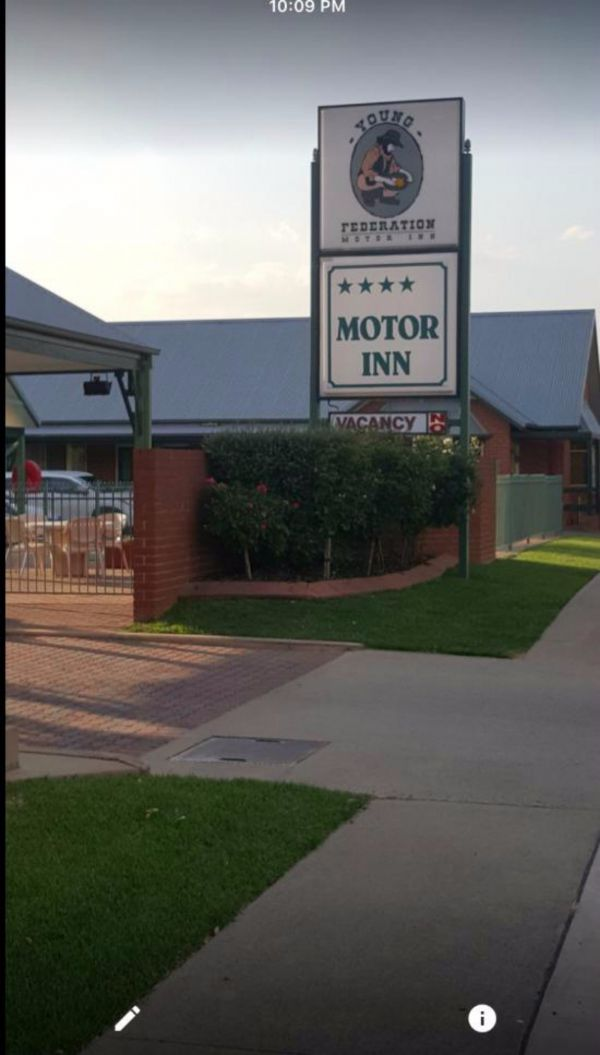 Federation Motor Inn Young - Tourism Adelaide