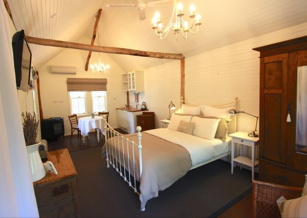 Laggan Cottage Bed and Breakfast - Tourism Adelaide
