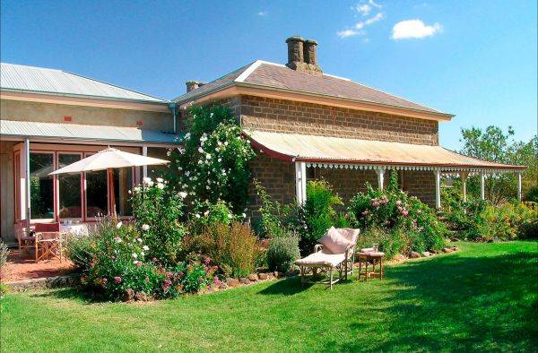 Lochinver Farm Homestead and Cottages - Tourism Adelaide