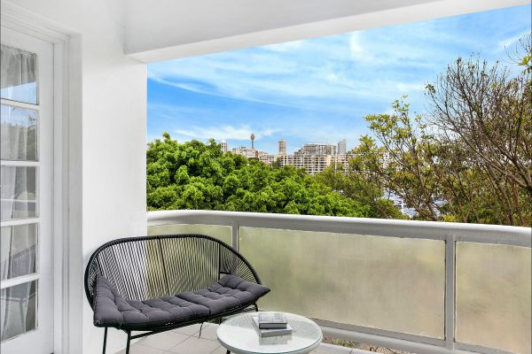 New Beach Apartment - Tourism Adelaide