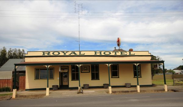 Royal Hotel Snake Valley - Tourism Adelaide