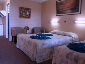 Whitsunday Palms Motel - Tourism Adelaide