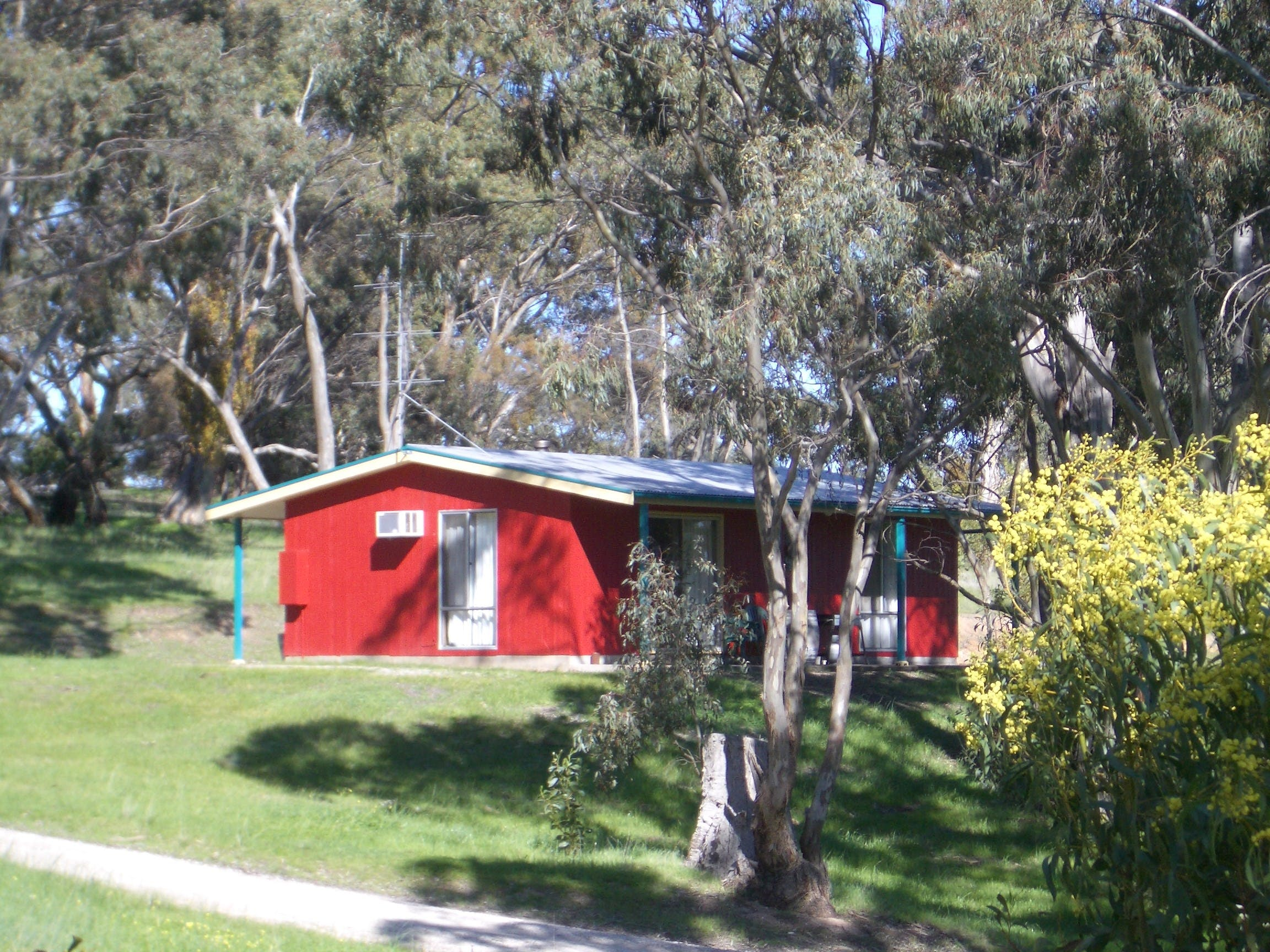 Clare Valley Cabins - Tourism Adelaide