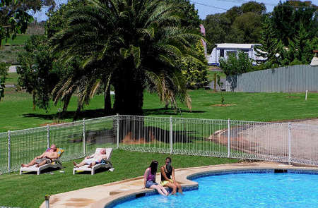 Swan Hill Holiday Park - Tourism Adelaide