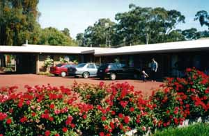 Whispering Gums Motel - Tourism Adelaide