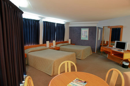 Quality Hotel Lord Forrest - Tourism Adelaide