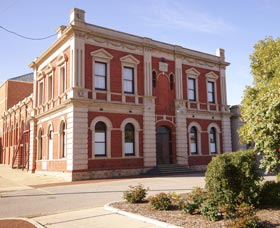 Northam Town Hall - Tourism Adelaide