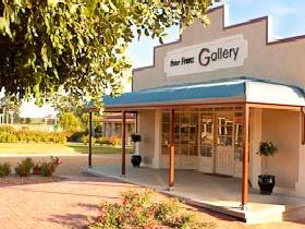 Peter Franz Fine Art Gallery - Tourism Adelaide