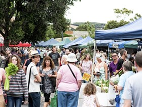 Willunga Farmers' Market - Tourism Adelaide
