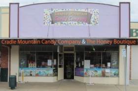 Cradle Mountain Candy Company and Honey Boutique - Tourism Adelaide