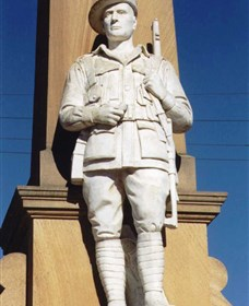 Beaudesert War Memorial - Tourism Adelaide