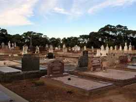 Langhorne Creek Cemetery - Tourism Adelaide