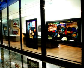 National Art Glass Collection - Tourism Adelaide