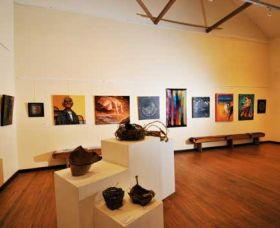 Blue Knob Hall Gallery and Cafe - Tourism Adelaide