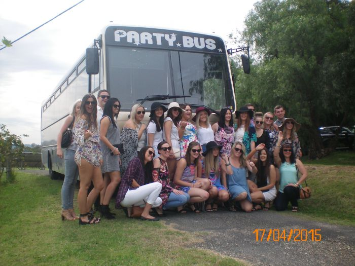 R  R Bus and Leisure Hire - Tourism Adelaide