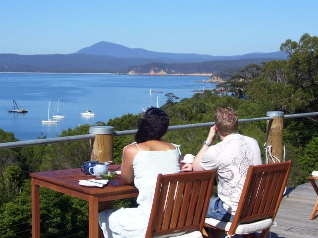 Snug Cove Bed and Breakfast - Tourism Adelaide