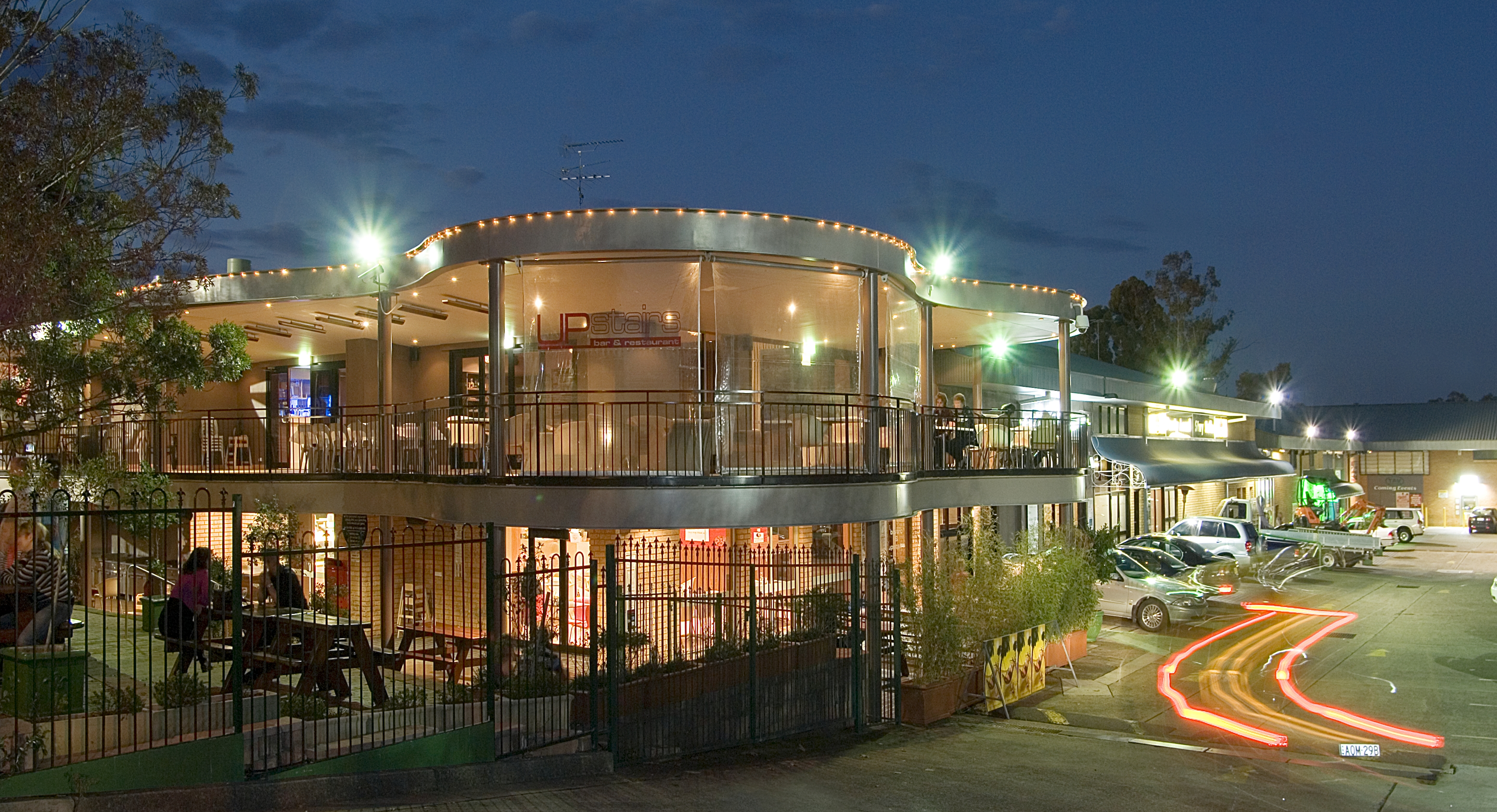 Castle Hill Tavern - Tourism Adelaide