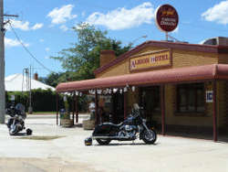Albion Hotel Swifts Creek - Tourism Adelaide