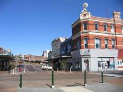 Robin Hood Hotel - Tourism Adelaide